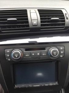 2009 BMW 128i, Kenwood DDX672B